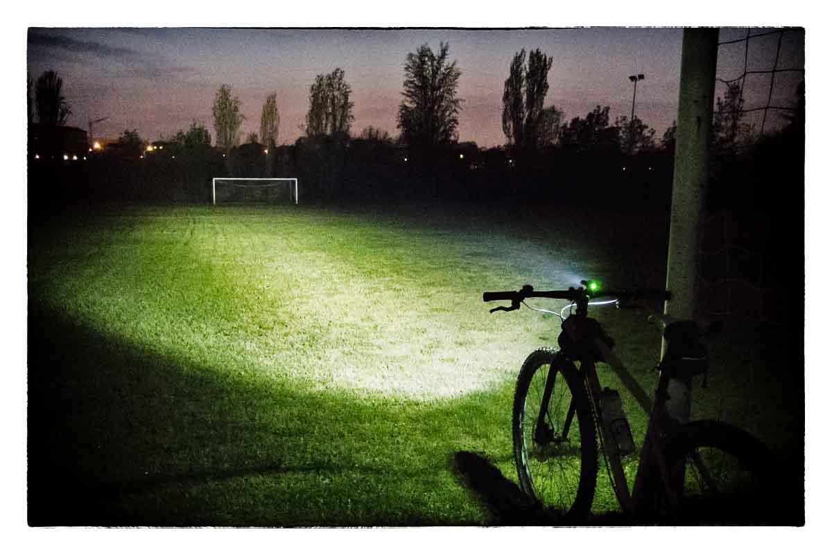 Le uscite notturne sono divertentissime ma vanno affrontate con luci adeguate.